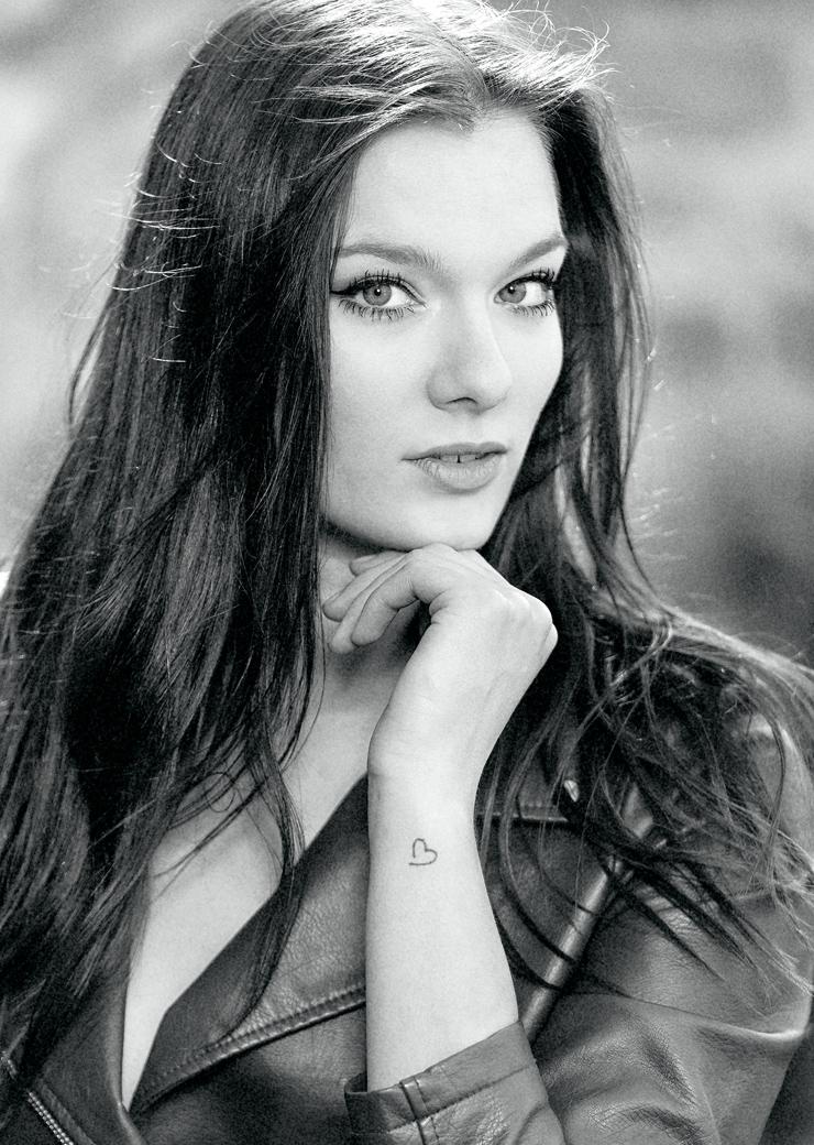 Isabelle G.